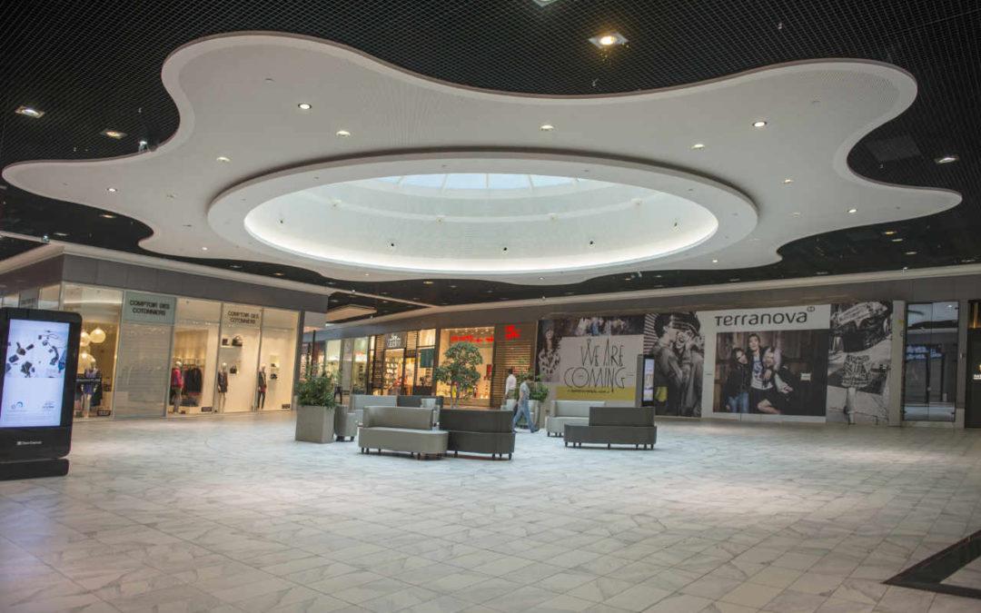 Centro comercial Rives en Francia